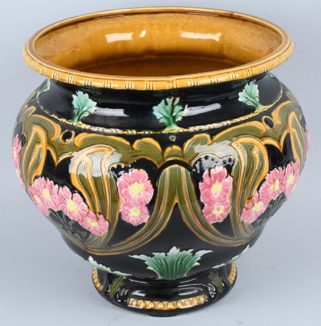 LARGE MAJOLICA TYPE JARDINIERE POTTERY PLANTER