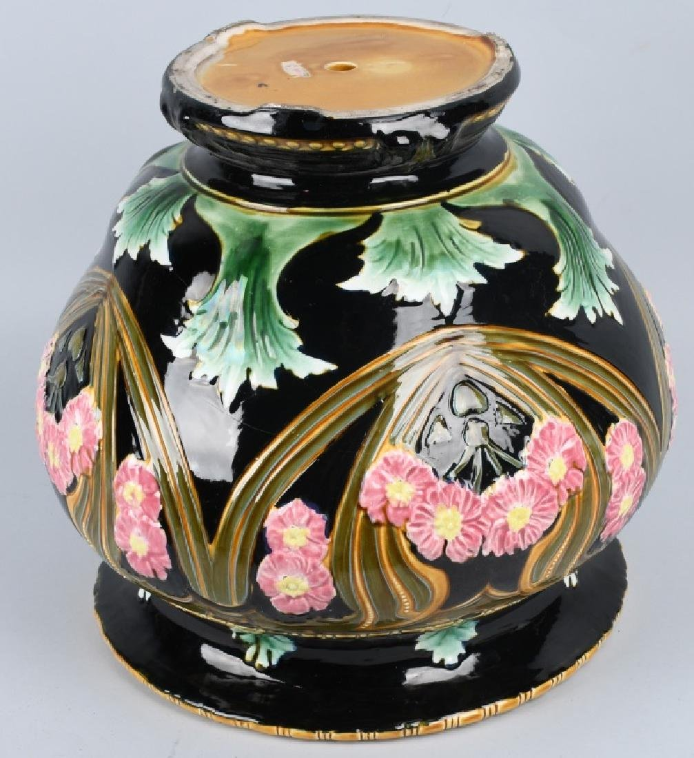 LARGE MAJOLICA TYPE JARDINIERE POTTERY PLANTER - 8