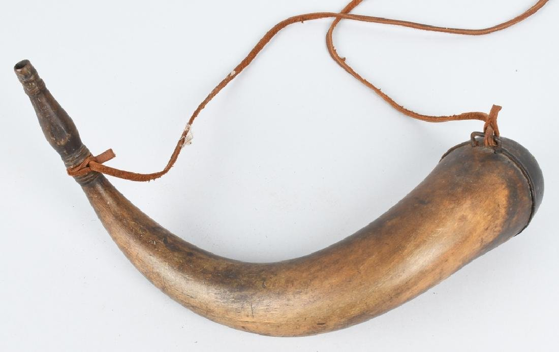 LARGE 19th CENTURY POWDER HORN