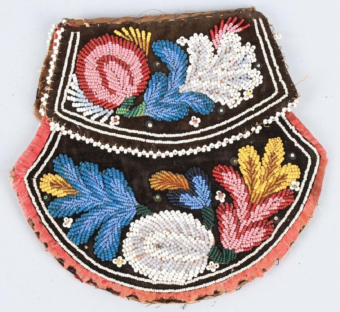 EARLY IROQUOIS INDIAN BEADED BAG - 3