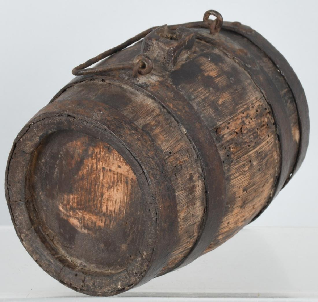 18th-19th CENT. WOOD IRON BANDED CANTEEN - 3