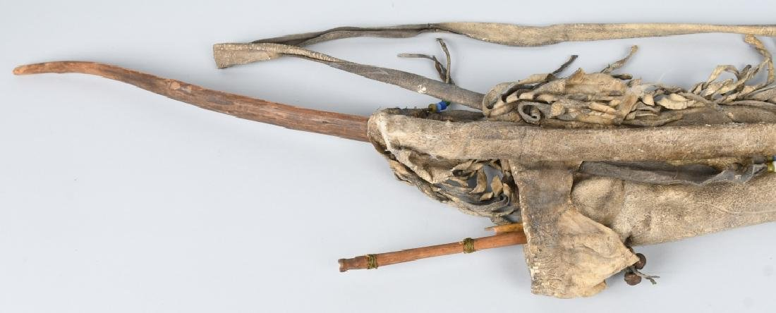 NATIVE AMERICAN QUIVER w/ BOW & ARROWS - 4