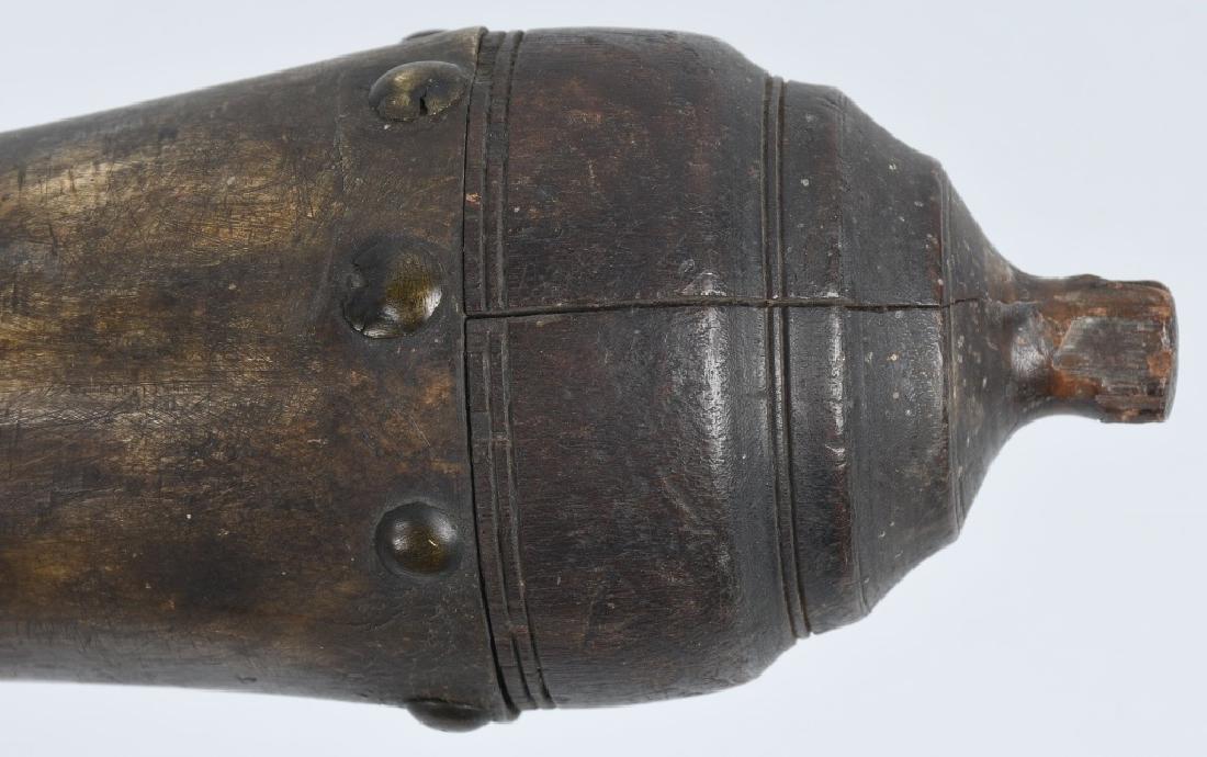 2-19th CENT. CARVED GUNPOWDER HORNS - 4