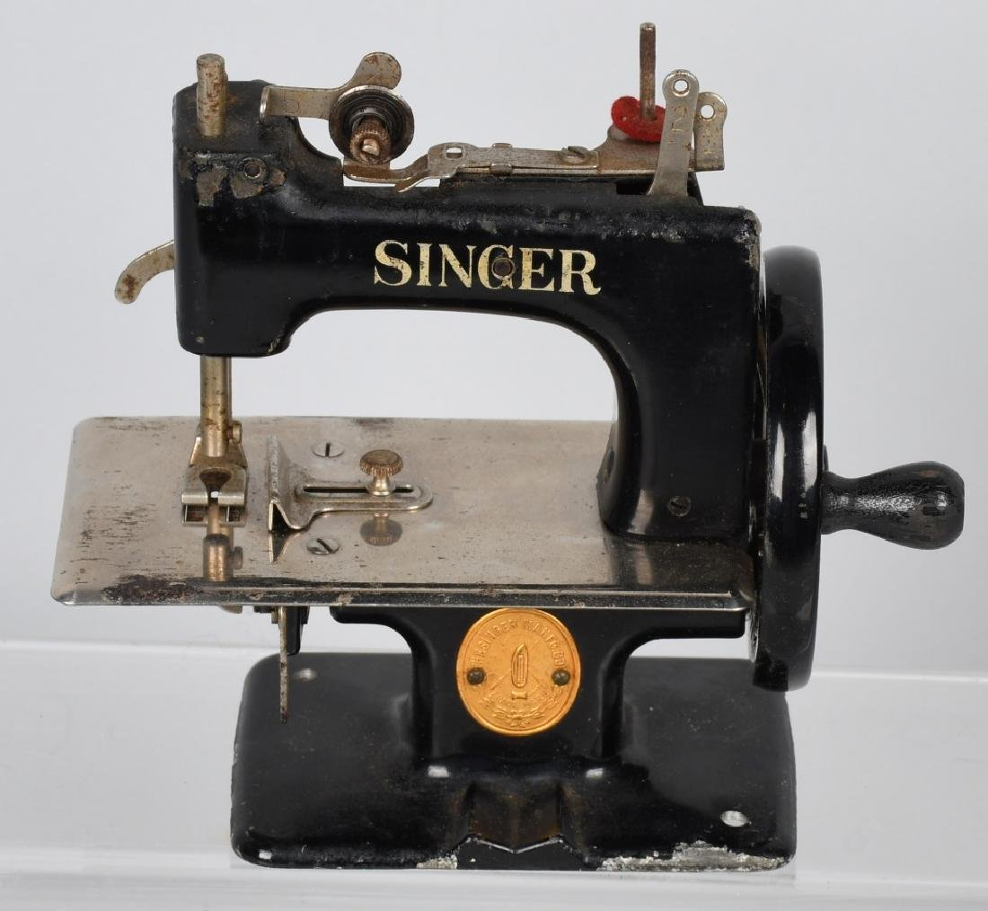 2-VINTAGE SINGER TOY SEWING MACHINES - 4
