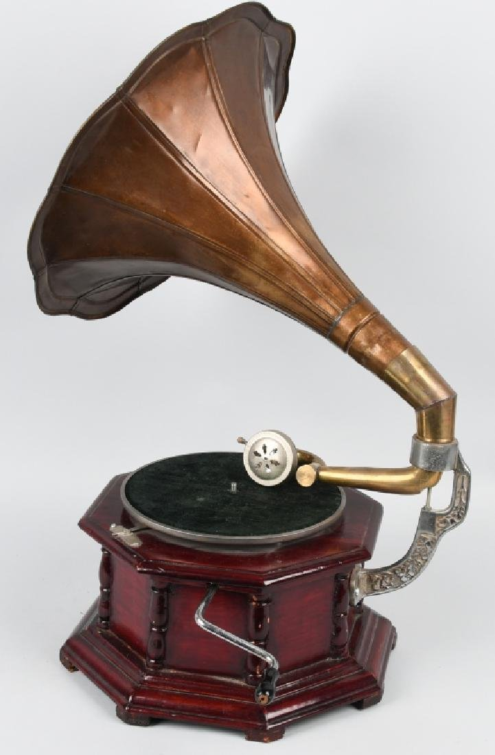 MODERN HIS MASTER'S VOICE GRAMOPHONE - 3