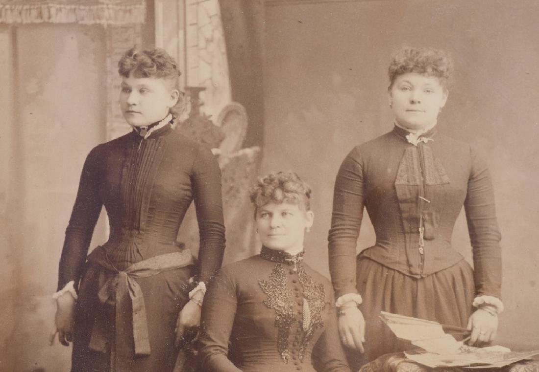 1800s 5 SISTERS ALBUMEN ALBUMEN PICTURE - 3