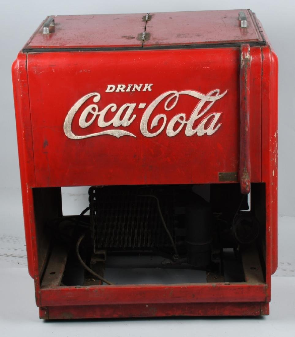 1940s COCA COLA DOUBLE DOOR CHEST COOLER