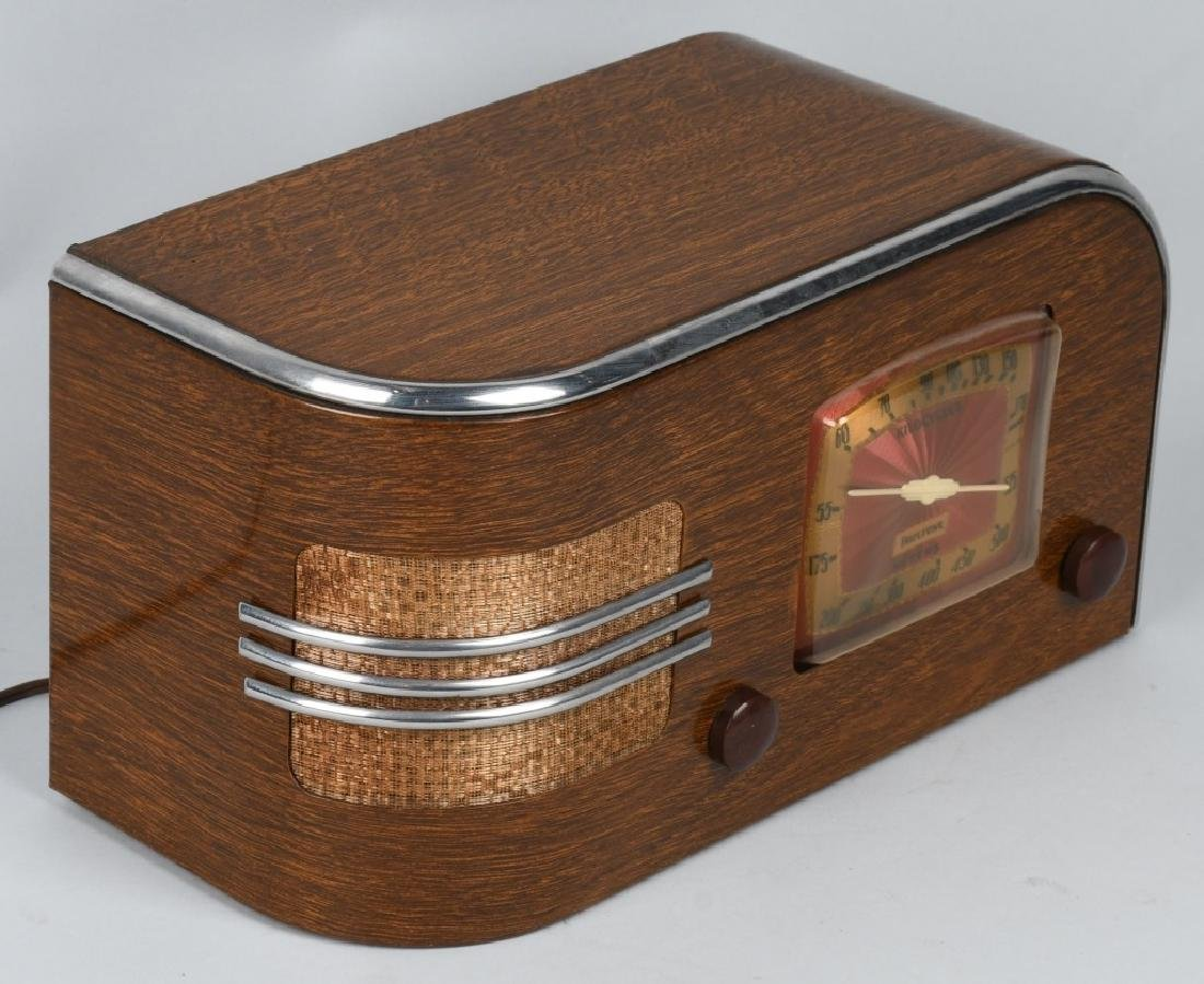 1940s TRUETONE ART DECO RADIO - 3