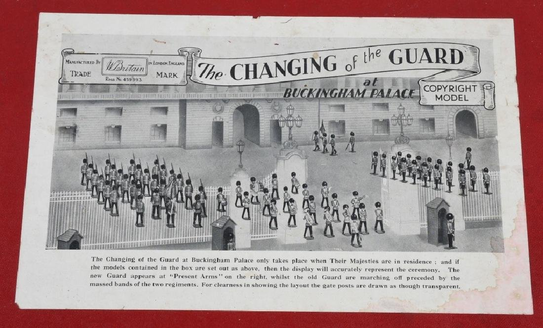 BRITAINS #1555 CHANGING OF THE GUARD SET MIB - 6