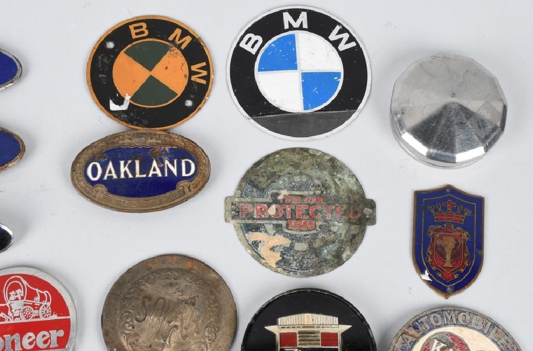 LARGE LOT of AUTOMOBILE PORCELAIN LOGOS & MORE - 3