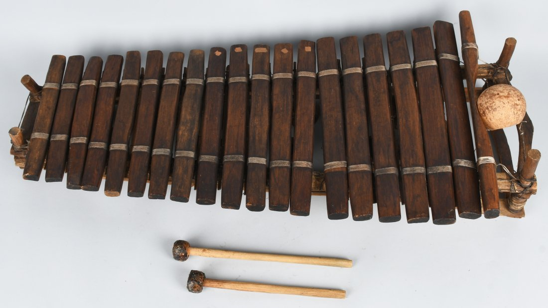 1953 WHITE WITCH DOCTOR WOOD XYLOPHONE MOVIE PROP