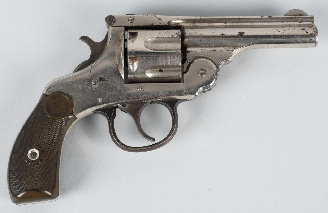 H & R AUTOMATIC EJECTION DA .32 REVOLVER