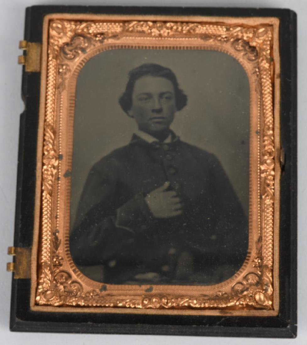 CIVIL WAR UNION SOLDIER 1/4 PLATE TINTYPE