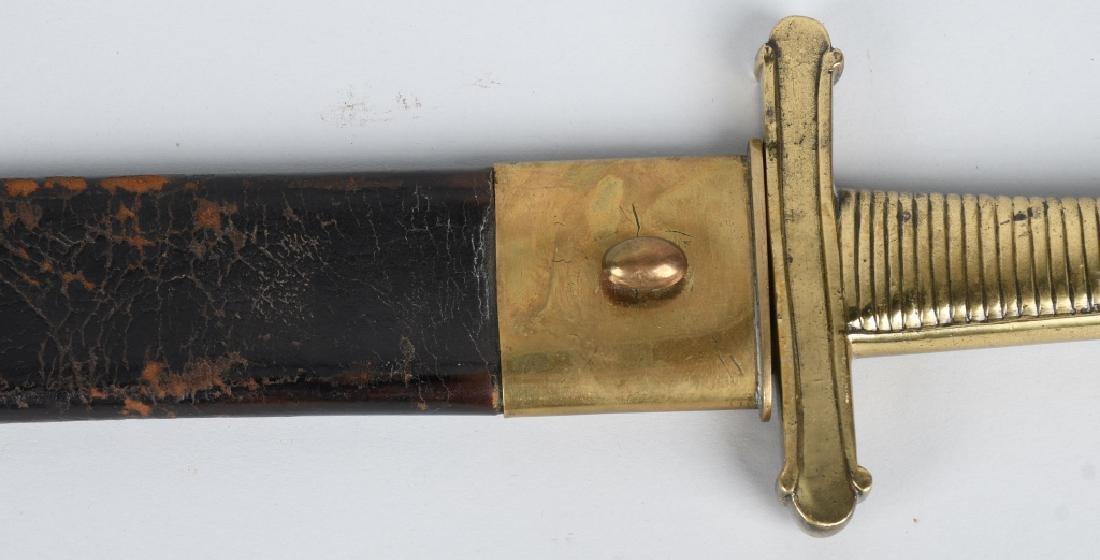 19th CENT. SAW BACK SHORT SWORD - 9