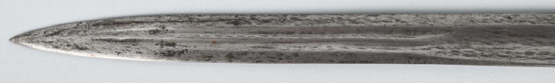 19th CENT. EUROPEAN HUNTING SHORT SWORD - 4