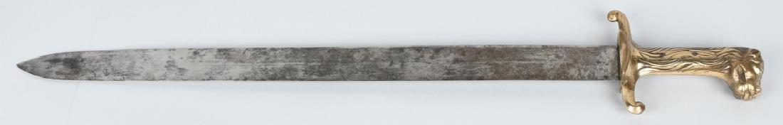 18th-19th CENT. FRENCH LION POMMEL SHORT SWORD
