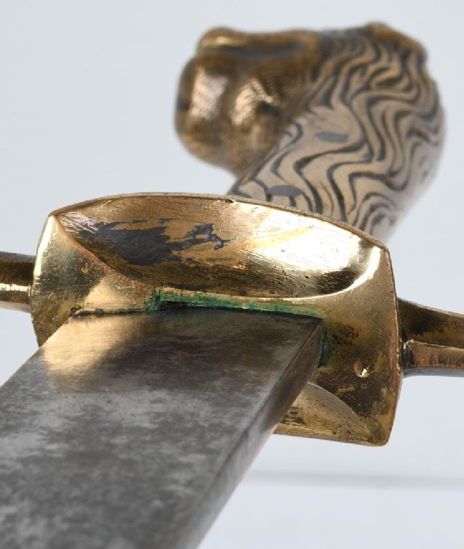18th-19th CENT. FRENCH LION POMMEL SHORT SWORD - 7
