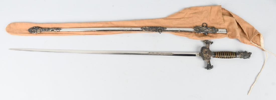 KNIGHTS OF PYTHIAS - COLUMBUS SWORD TRUNK GROUP - 8
