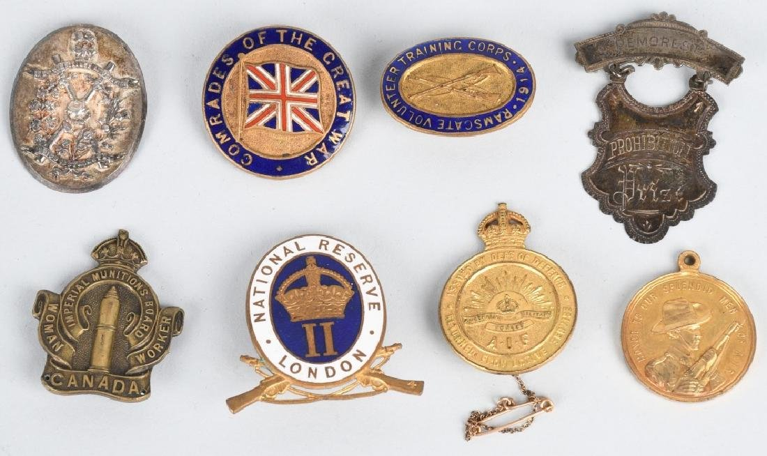 WWI - WWII BRITISH PIN AND MEDAL LOT - 8