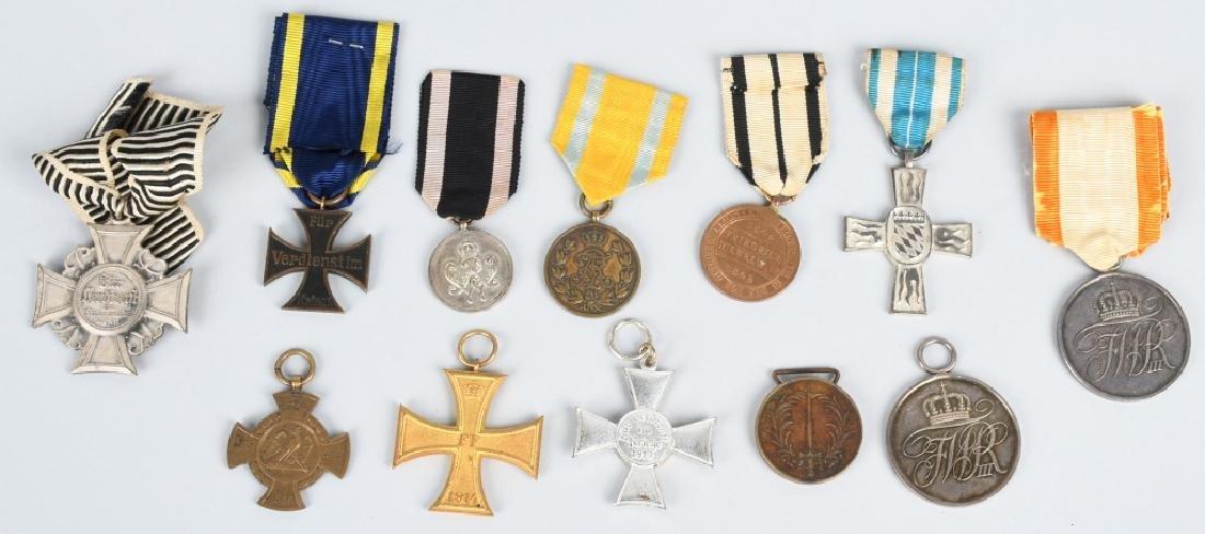WWI IMPERIAL GERMAN MEDAL LOT (12)
