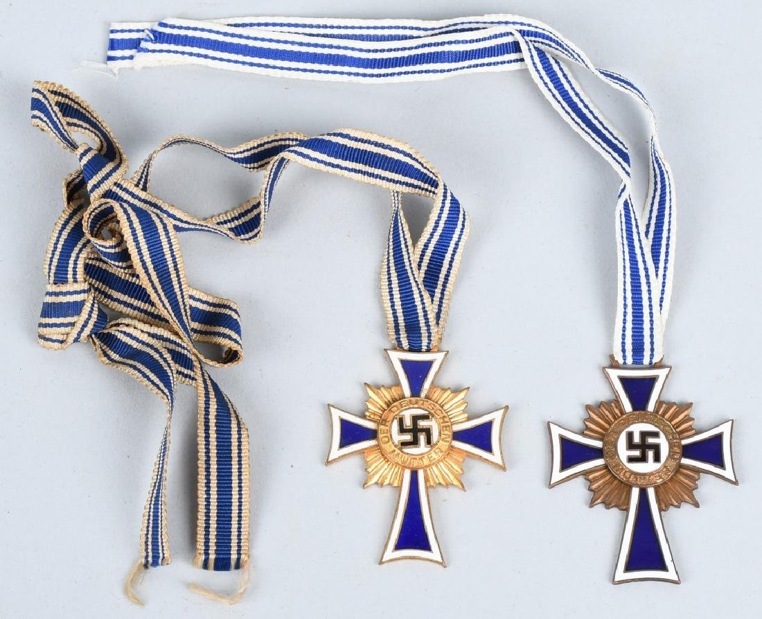 WWII NAZI GERMAN MOTHERS CROSS LOT (2)