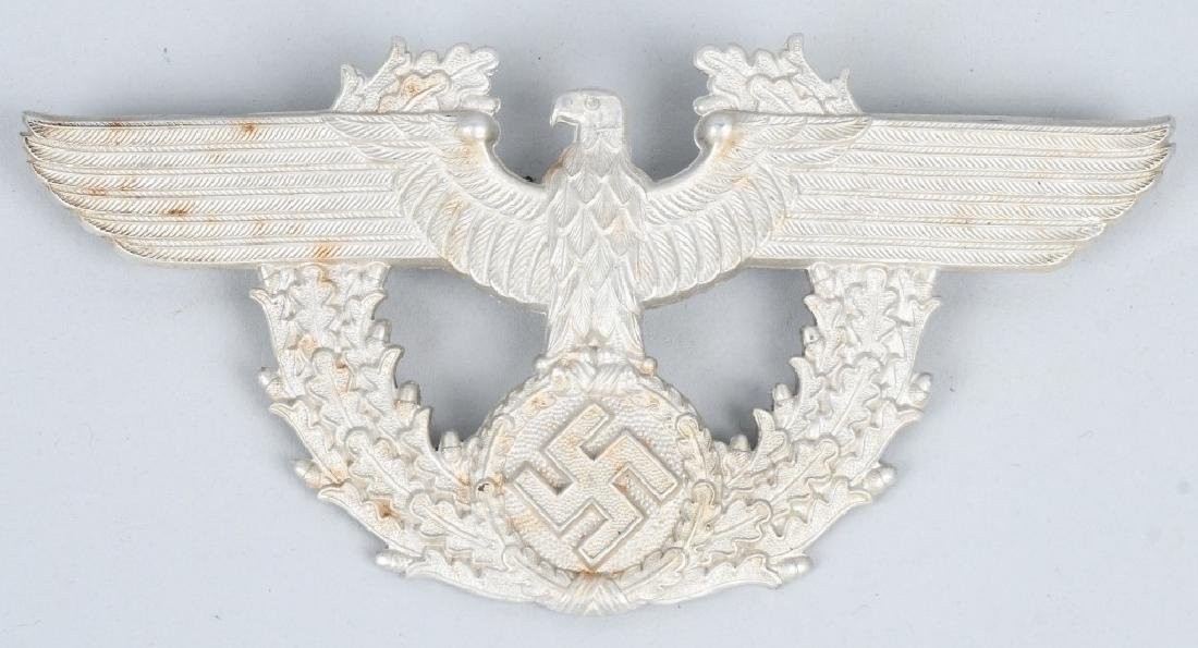 WWII NAZI GERMAN FLAG MEDAL AND INSIGNIA LOT - 2