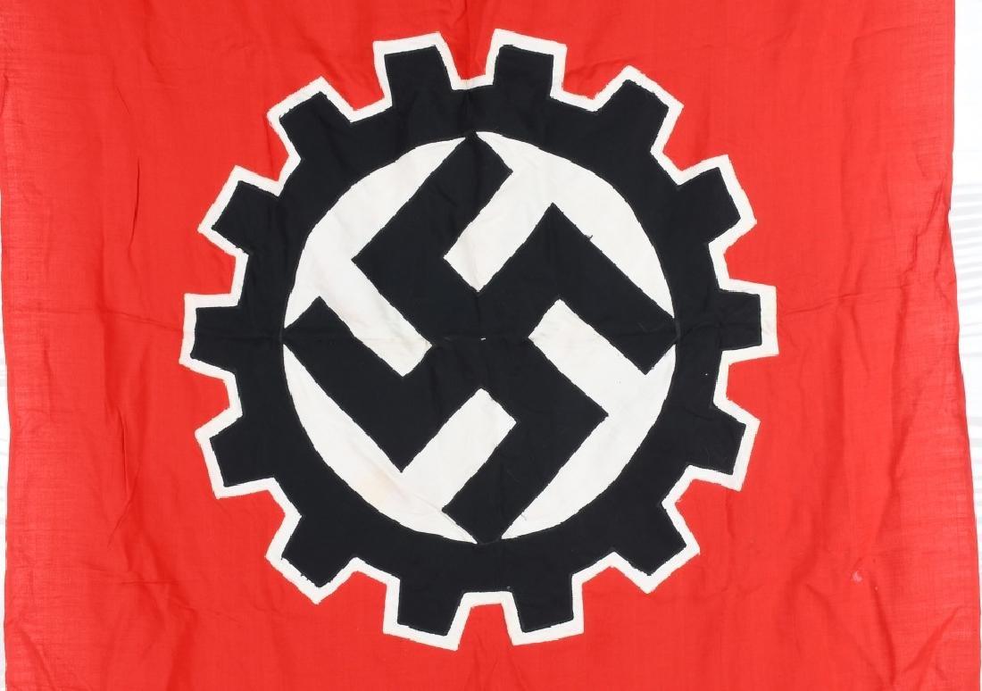 WWII NAZI GERMAN DAF FLAG - 2