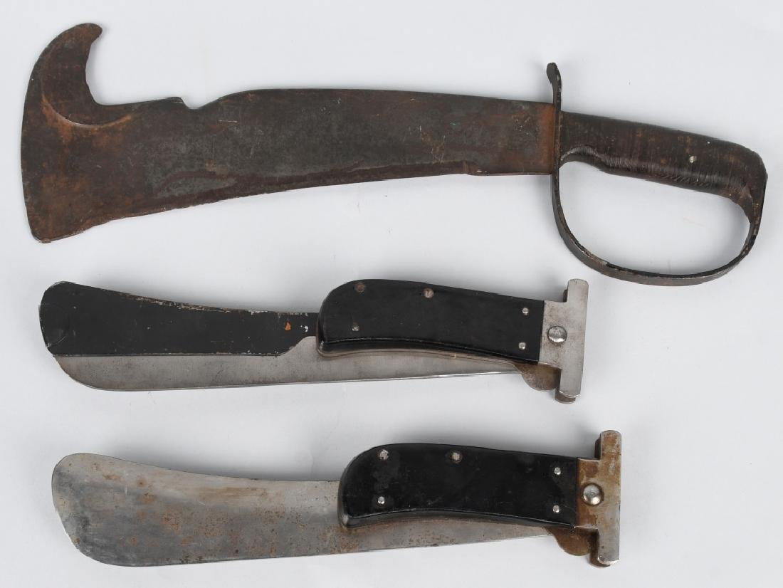 WWII WOODSMAN'S PAL MACHETE & 2 AAF FOLDING KNIVES