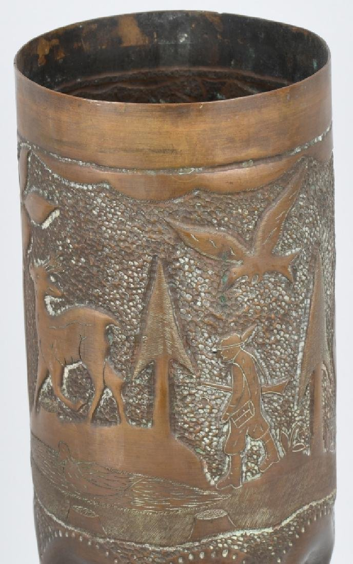 WWII 105MM TRENCH ART SHELL WITH HUNTING SCENE - 2