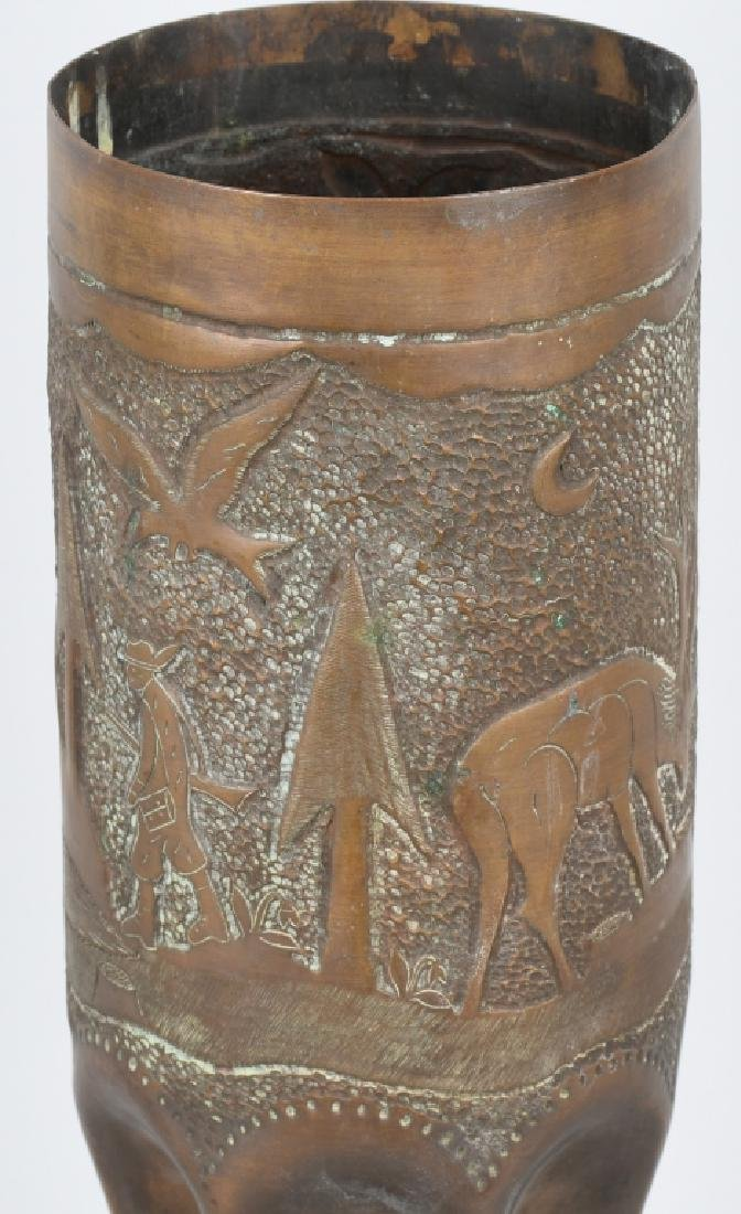 WWII 105MM TRENCH ART SHELL WITH HUNTING SCENE - 3