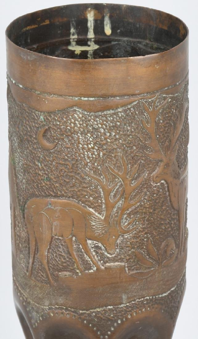 WWII 105MM TRENCH ART SHELL WITH HUNTING SCENE - 4