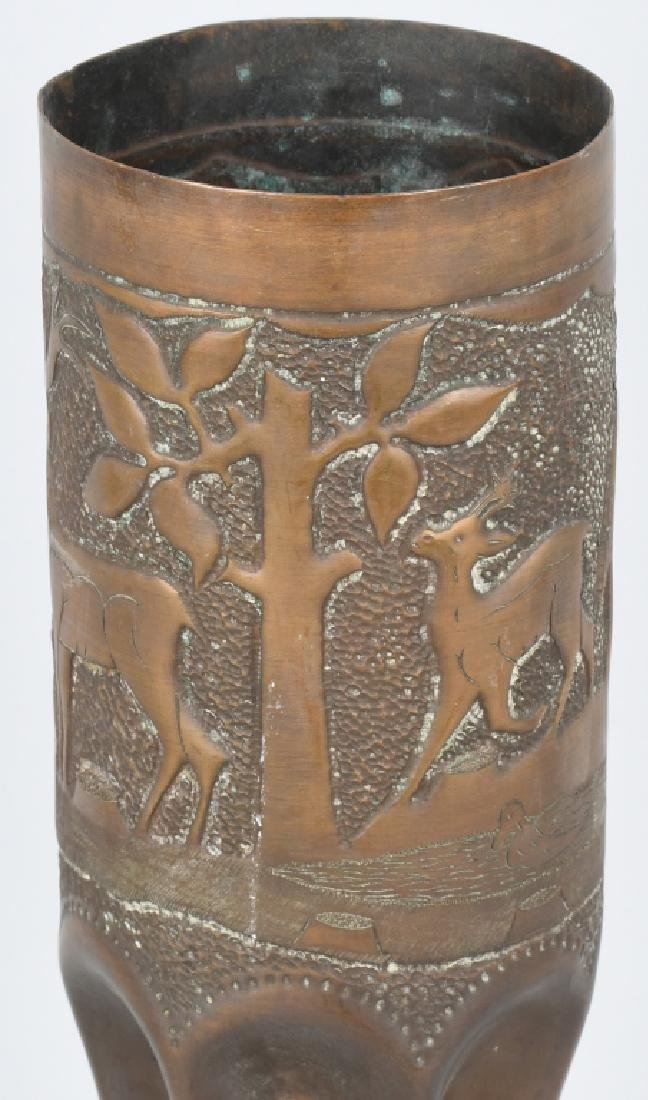 WWII 105MM TRENCH ART SHELL WITH HUNTING SCENE - 6
