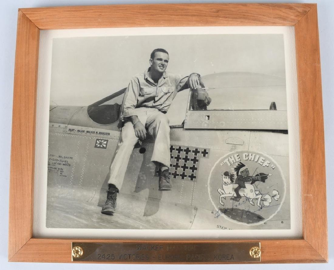WWII VINTAGE AUTOGRAPH PHOTO OF ACE WALKER MAHURIN