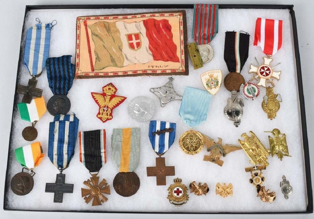 WWI WWII & POST WAR ITALIAN MEDAL & INSIGNIA LOT