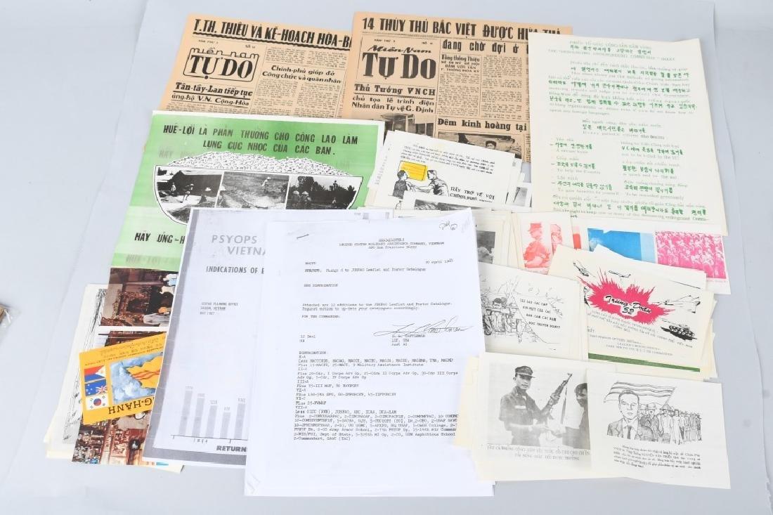 VIETNAM WAR U.S SOUTH VIETNAM PROPAGANDA PAMPHLETS
