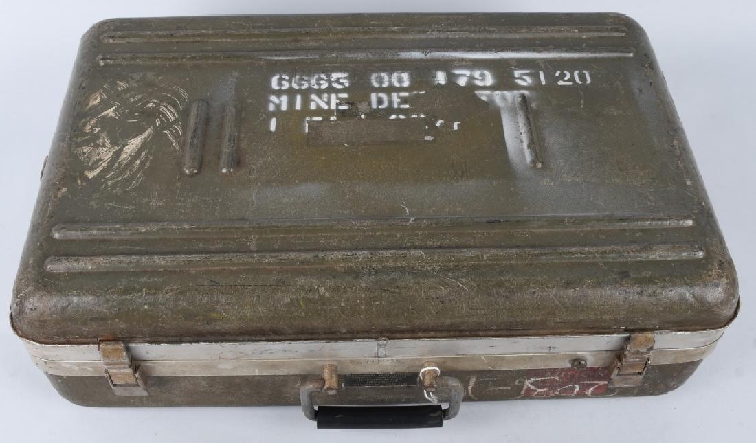 VIETNAM WAR U.S. MINE SWEEPER - DETECTOR - 4