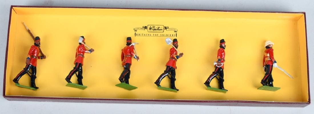 4-BRITAINS LIMITED EDITION LEAD SOLDIER SETS - 5