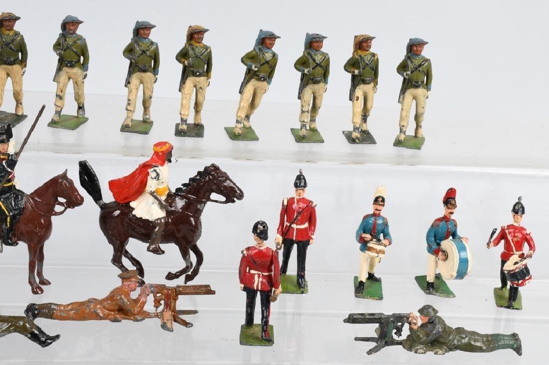 38-BRITAINS LEAD SOLDIERS - 4