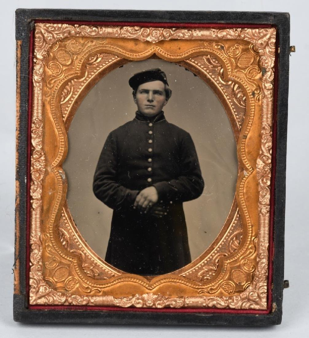 CIVIL WAR 1/6TH PLATE AMBROTYPE - UNION SOLDIER
