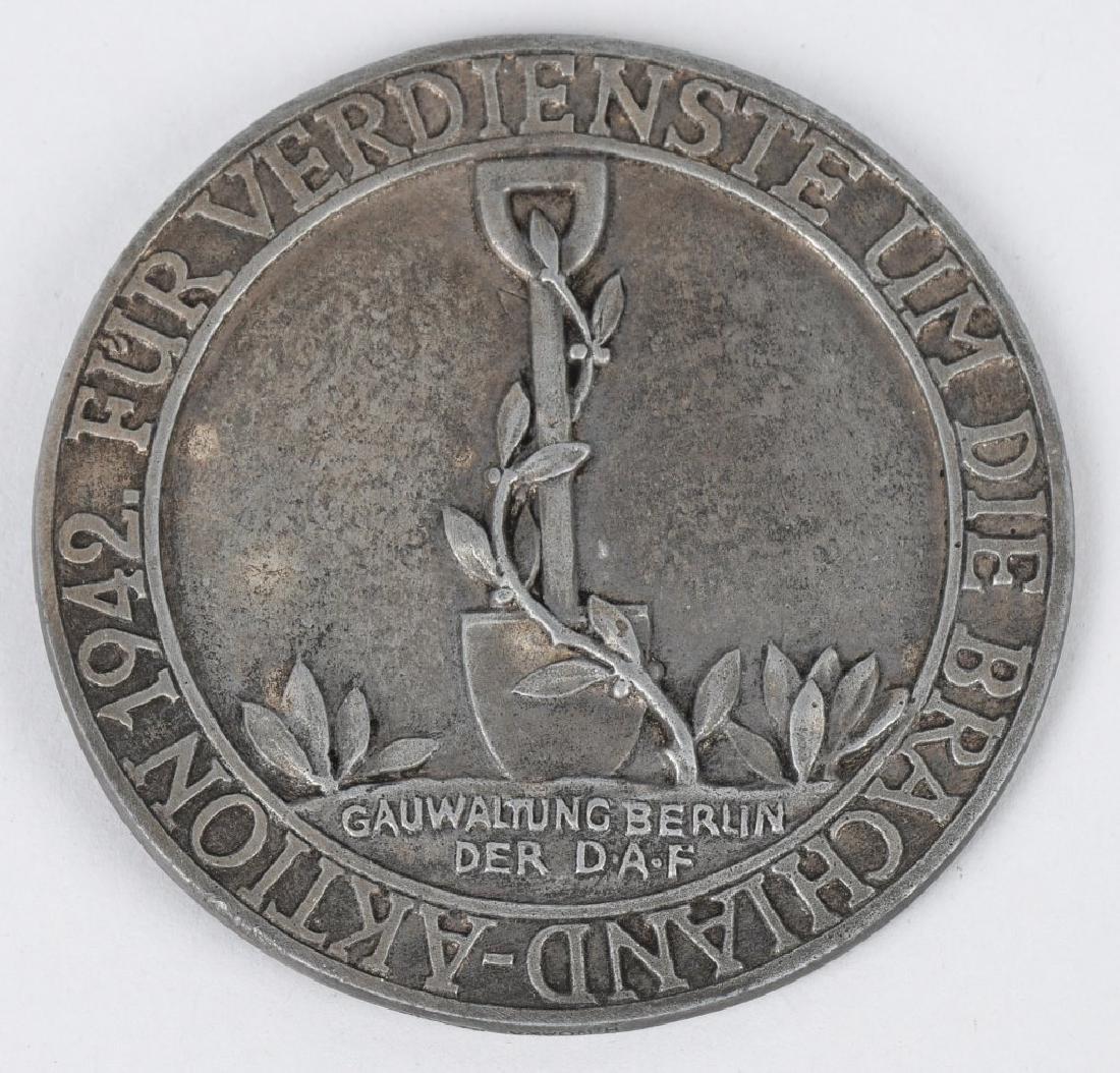 WWII NAZI GERMAN TABLE MEDALLION 1942 BERLIN GAU - 3