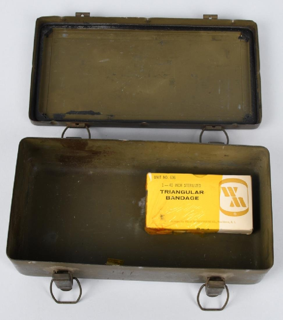 WWII US M38 WILLYS JEEP MEDICAL 1ST AID CONTAINER - 3