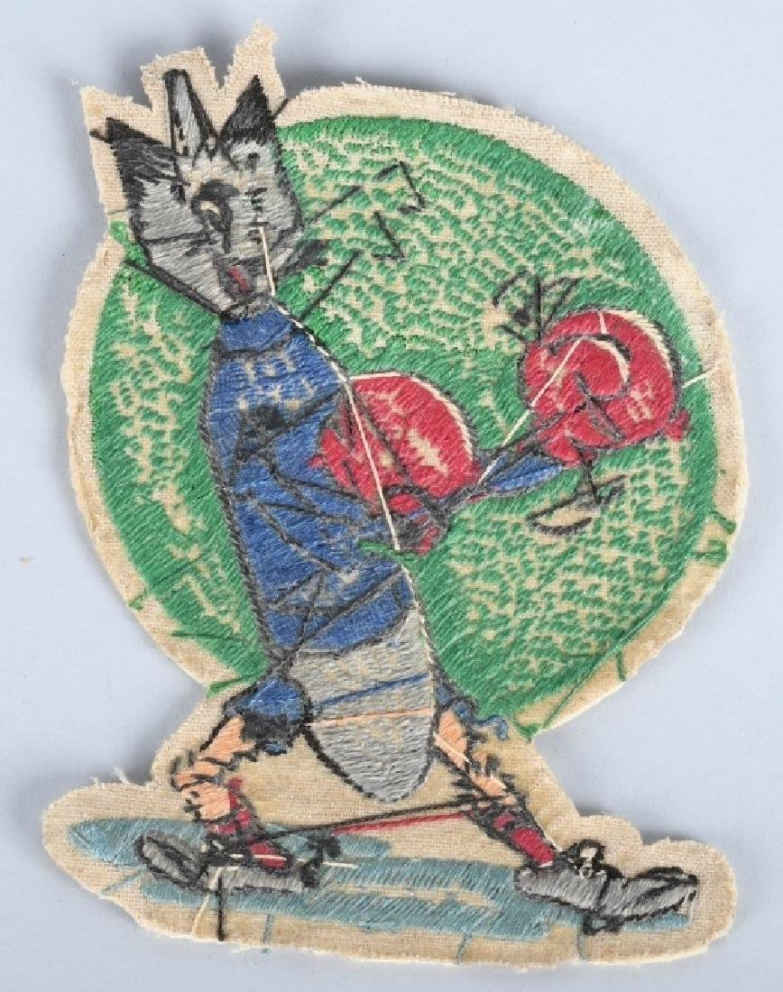 WWII US 613TH BOMB SQUADRON PATCH & PHOTO GROUP - 3