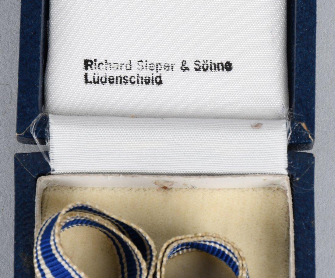 WWII NAZI GERMAN MOTHERS CROSS IN GOLD IN CASE - 5