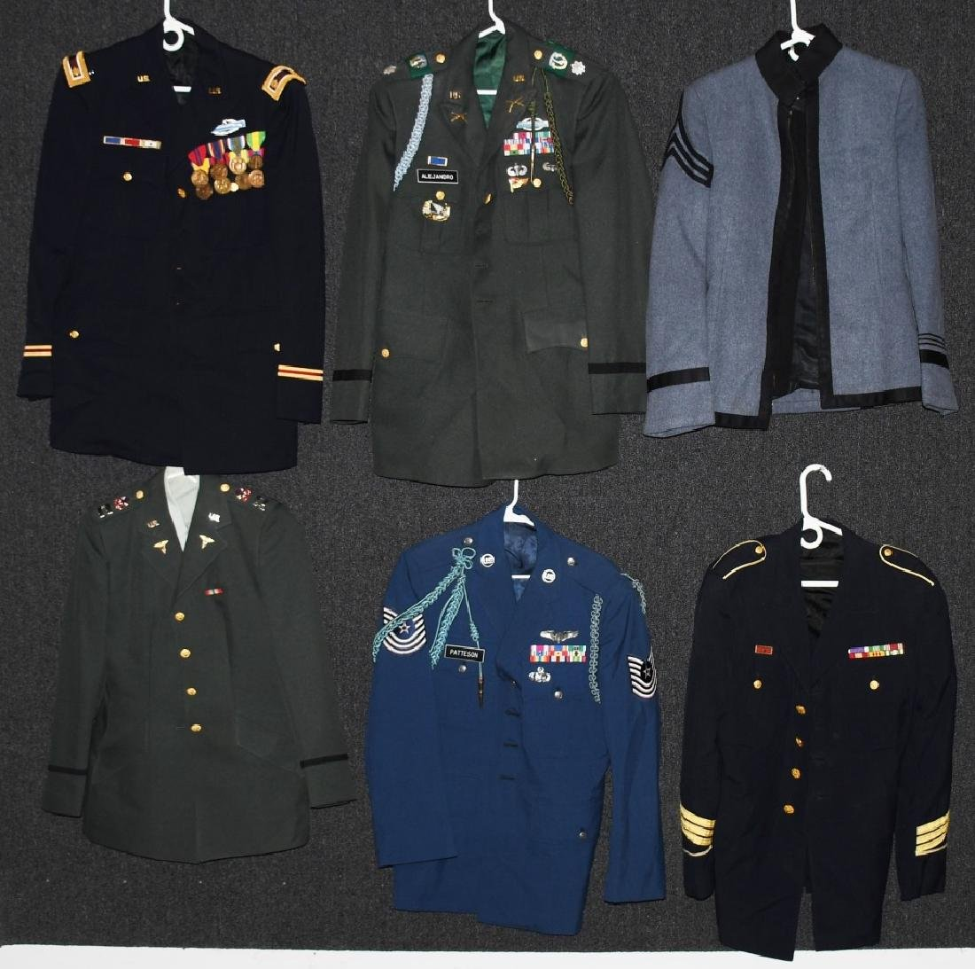 LOT OF 10 US ARMY, AIR FORCE UNIFORMS, HATS