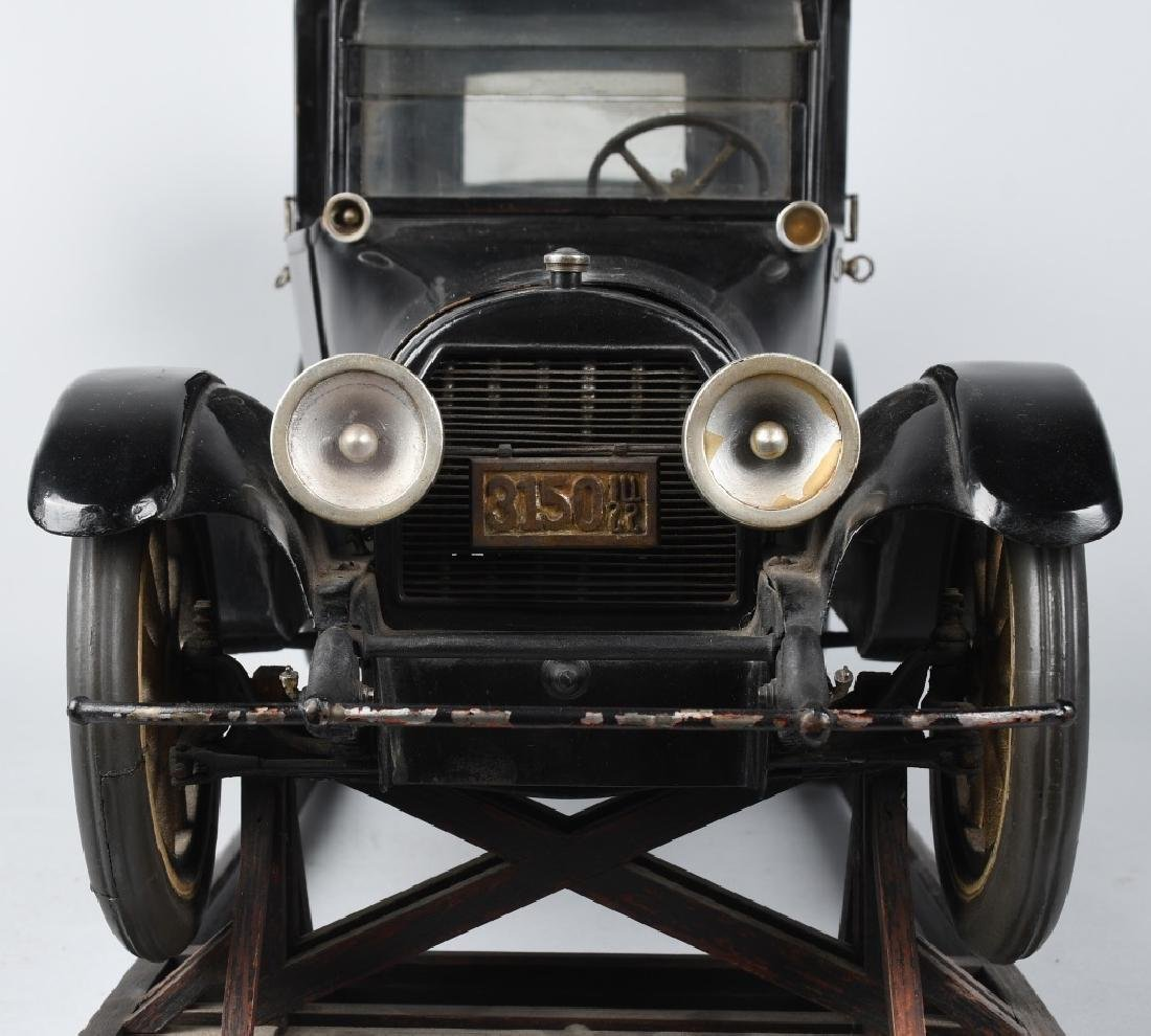 1919 CADILLAC TYPE 57 LIMO 1/8 FACTORY CAR MODEL - 10