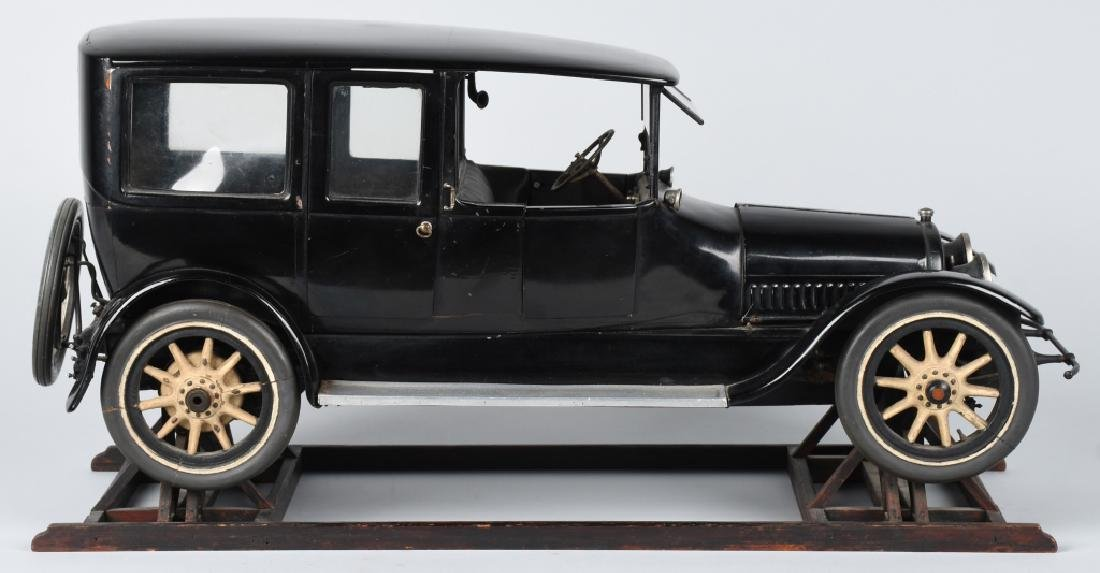 1919 CADILLAC TYPE 57 LIMO 1/8 FACTORY CAR MODEL