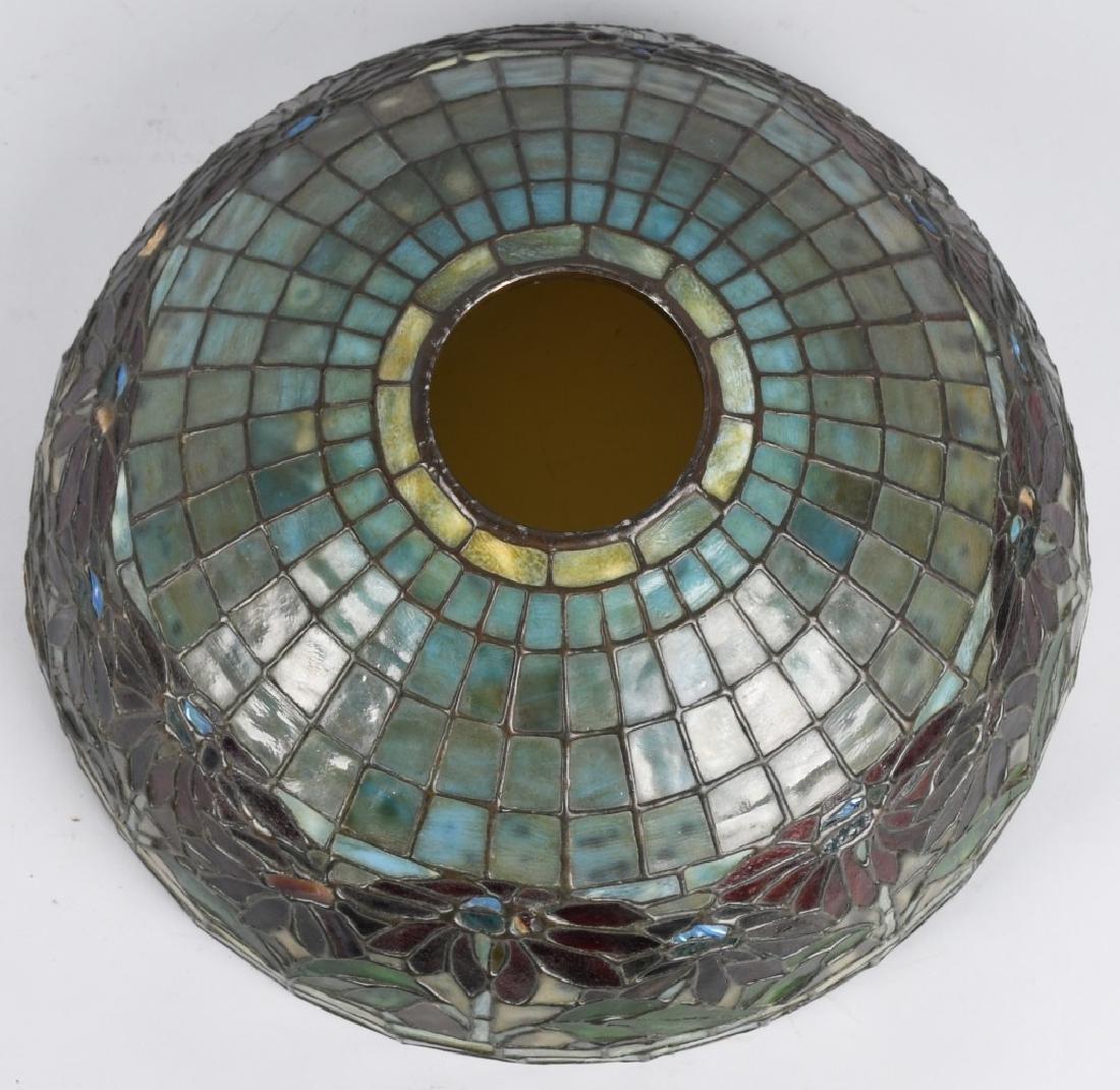 TIFFANY STUDIOS POINSETTIA LEADED GLASS TABLE LAMP - 7