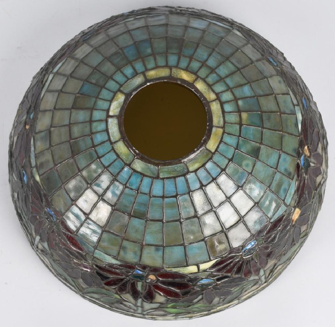 TIFFANY STUDIOS POINSETTIA LEADED GLASS TABLE LAMP - 8