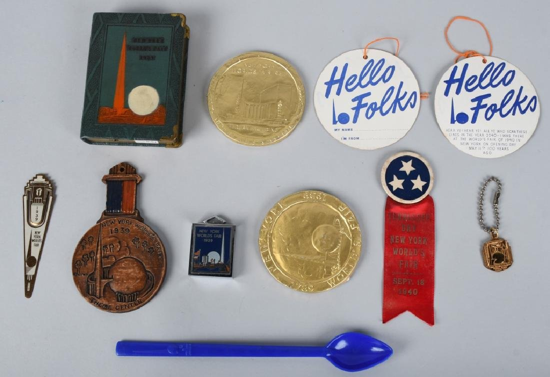 10- 1939 NEW YORK WORLDS FAIR SOUVENIRS