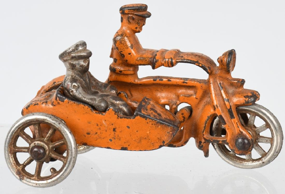 3 HUBLEY cast iron COP MOTORCYCLES & SIDECARS - 4